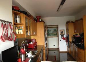 Apartamento En Venta En Caracas - Lomas de La Lagunita Código FLEX: 17-15498 No.4