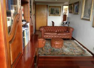 Apartamento En Venta En Caracas - Lomas de La Lagunita Código FLEX: 17-15498 No.3