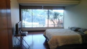 Apartamento En Venta En Caracas - Lomas de La Lagunita Código FLEX: 17-15498 No.7