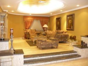 Apartamento En Alquileren Ciudad Ojeda, Cristobal Colon, Venezuela, VE RAH: 17-15504