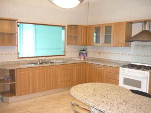 Apartamento En Alquileren Ciudad Ojeda, Cristobal Colon, Venezuela, VE RAH: 17-15505