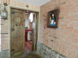 Casa En Venta En Caracas - Los Palos Grandes Código FLEX: 17-15511 No.1
