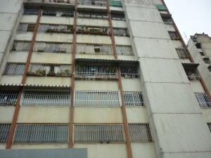 Apartamento En Ventaen San Antonio De Los Altos, La Rosaleda, Venezuela, VE RAH: 17-15519