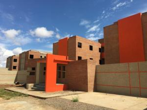 Apartamento En Ventaen Punto Fijo, Puerta Maraven, Venezuela, VE RAH: 17-7067