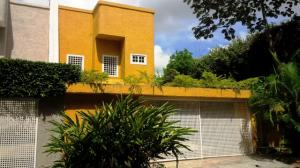 Casa En Alquileren Caracas, Terrazas Del Club Hipico, Venezuela, VE RAH: 17-15563