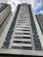 Apartamento En Ventaen Caracas, Los Dos Caminos, Venezuela, VE RAH: 17-15610