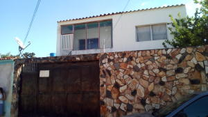 Casa En Ventaen Intercomunal Maracay-Turmero, La Julia, Venezuela, VE RAH: 17-15615