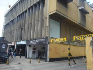Local Comercial En Ventaen Caracas, San Martin, Venezuela, VE RAH: 17-15659