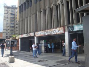 Local Comercial En Ventaen Caracas, San Martin, Venezuela, VE RAH: 17-15661