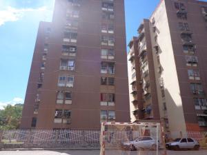 Apartamento En Ventaen Turmero, Los Nisperos, Venezuela, VE RAH: 17-15705