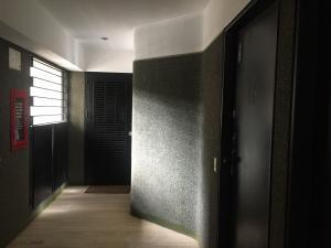 Apartamento En Venta En Caracas - Colinas de Bello Monte Código FLEX: 17-15713 No.5