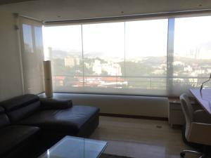 Apartamento En Venta En Caracas - Colinas de Bello Monte Código FLEX: 17-15713 No.6