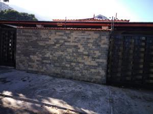 Casa En Ventaen Valencia, Trigal Sur, Venezuela, VE RAH: 17-15764