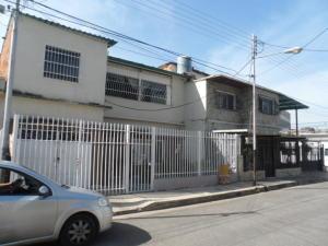 Casa En Ventaen Maracay, La Maracaya, Venezuela, VE RAH: 17-15781