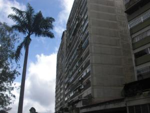 Apartamento En Ventaen San Antonio De Los Altos, Los Salias, Venezuela, VE RAH: 17-15787
