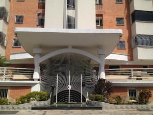 Apartamento En Ventaen Maracay, Los Chaguaramos, Venezuela, VE RAH: 18-813