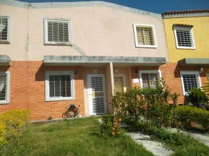 Townhouse En Ventaen Valencia, Flor Amarillo, Venezuela, VE RAH: 17-15859