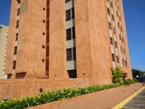 Apartamento En Ventaen Maracaibo, Fuerzas Armadas, Venezuela, VE RAH: 18-6
