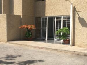 Oficina En Alquileren Maracaibo, Avenida El Milagro, Venezuela, VE RAH: 18-34