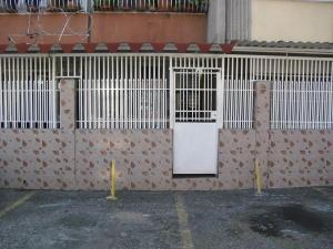 Apartamento En Ventaen Cabudare, La Mora, Venezuela, VE RAH: 18-56
