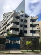 Apartamento En Ventaen Parroquia Caraballeda, Tanaguarena, Venezuela, VE RAH: 18-73