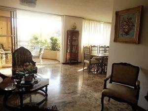 Apartamento En Venta En Caracas - La Alameda Código FLEX: 18-78 No.1