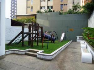 Apartamento En Venta En Caracas - La Alameda Código FLEX: 18-78 No.9