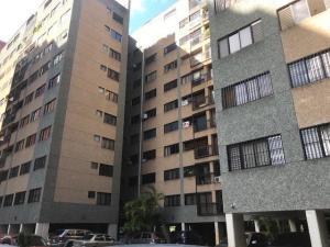 Apartamento En Ventaen Caracas, Las Esmeraldas, Venezuela, VE RAH: 18-107