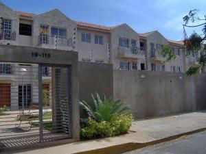 Apartamento En Ventaen Maracaibo, Avenida Milagro Norte, Venezuela, VE RAH: 18-91