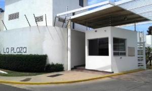 Townhouse En Alquileren Maracaibo, Monte Claro, Venezuela, VE RAH: 18-112