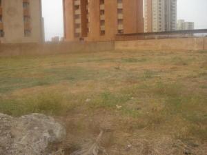 Terreno En Ventaen Maracaibo, Tierra Negra, Venezuela, VE RAH: 18-115