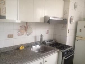 Apartamento En Venta En Caracas - Parroquia La Candelaria Código FLEX: 18-121 No.9