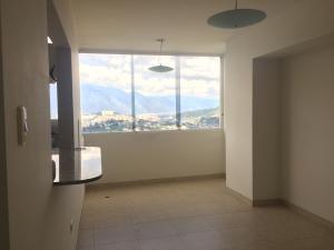Apartamento En Venta En Caracas - Municipio Baruta Código FLEX: 18-126 No.1