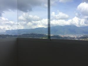 Apartamento En Venta En Caracas - Municipio Baruta Código FLEX: 18-126 No.3