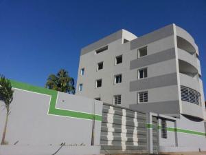 Apartamento En Ventaen Maracaibo, Circunvalacion Dos, Venezuela, VE RAH: 18-136