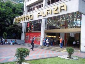 Local Comercial En Ventaen Caracas, Los Palos Grandes, Venezuela, VE RAH: 18-207