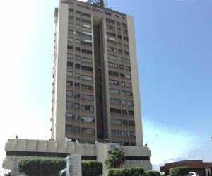 Apartamento En Ventaen Maracaibo, Santa Maria, Venezuela, VE RAH: 18-219