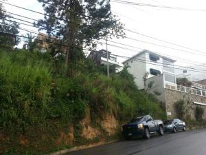 Terreno En Ventaen Caracas, Caicaguana, Venezuela, VE RAH: 18-238