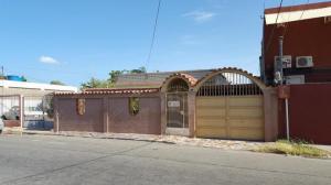Casa En Ventaen Punto Fijo, Punto Fijo, Venezuela, VE RAH: 18-260