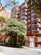 Apartamento En Alquileren Caracas, El Rosal, Venezuela, VE RAH: 18-299