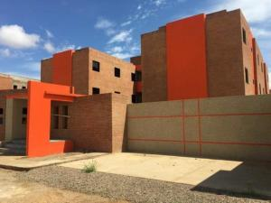 Apartamento En Ventaen Punto Fijo, Puerta Maraven, Venezuela, VE RAH: 18-320