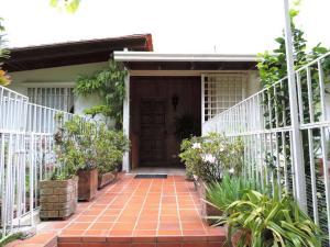 Casa En Ventaen Caracas, Alto Prado, Venezuela, VE RAH: 18-358