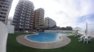 Apartamento En Ventaen Parroquia Caraballeda, Caribe, Venezuela, VE RAH: 18-349