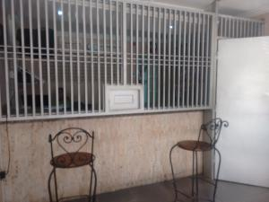 Local Comercial En Ventaen Maracaibo, Cecilio Acosta, Venezuela, VE RAH: 18-354