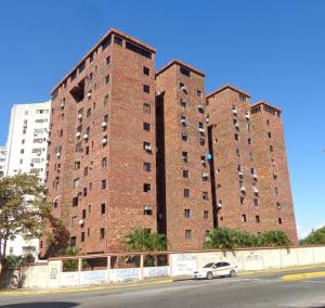 Apartamento En Ventaen Valencia, Trigal Norte, Venezuela, VE RAH: 18-379