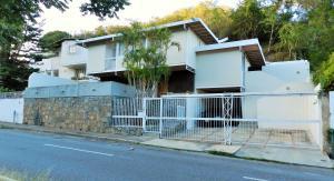 Casa En Ventaen Caracas, Santa Sofia, Venezuela, VE RAH: 18-680