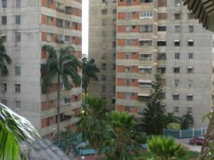 Apartamento En Ventaen Maracay, Avenida Ayacucho, Venezuela, VE RAH: 17-15798