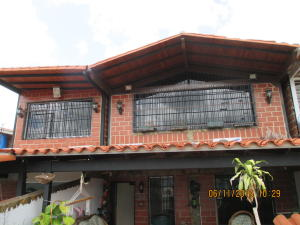 Townhouse En Ventaen Guarenas, Nueva Casarapa, Venezuela, VE RAH: 17-15635