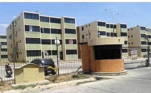 Apartamento En Ventaen Municipio Los Guayos, Buenaventura, Venezuela, VE RAH: 18-433