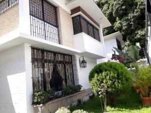 Casa En Ventaen Caracas, Santa Eduvigis, Venezuela, VE RAH: 18-443